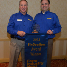 2013 FinOvation Award Recognizes New Holland T9 with SmartTrax