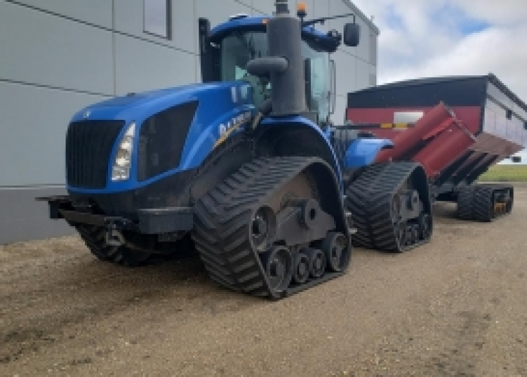 2015 New Holland T9.600 Tractor
