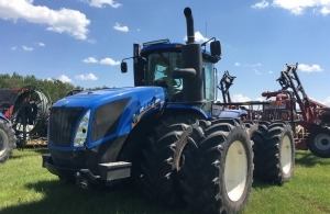 2017 New Holland T9.435HD Tractor