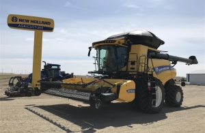 2018 New Holland CR8.90Z Combine
